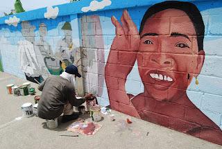 Promueven identidad cultura pintando paredes