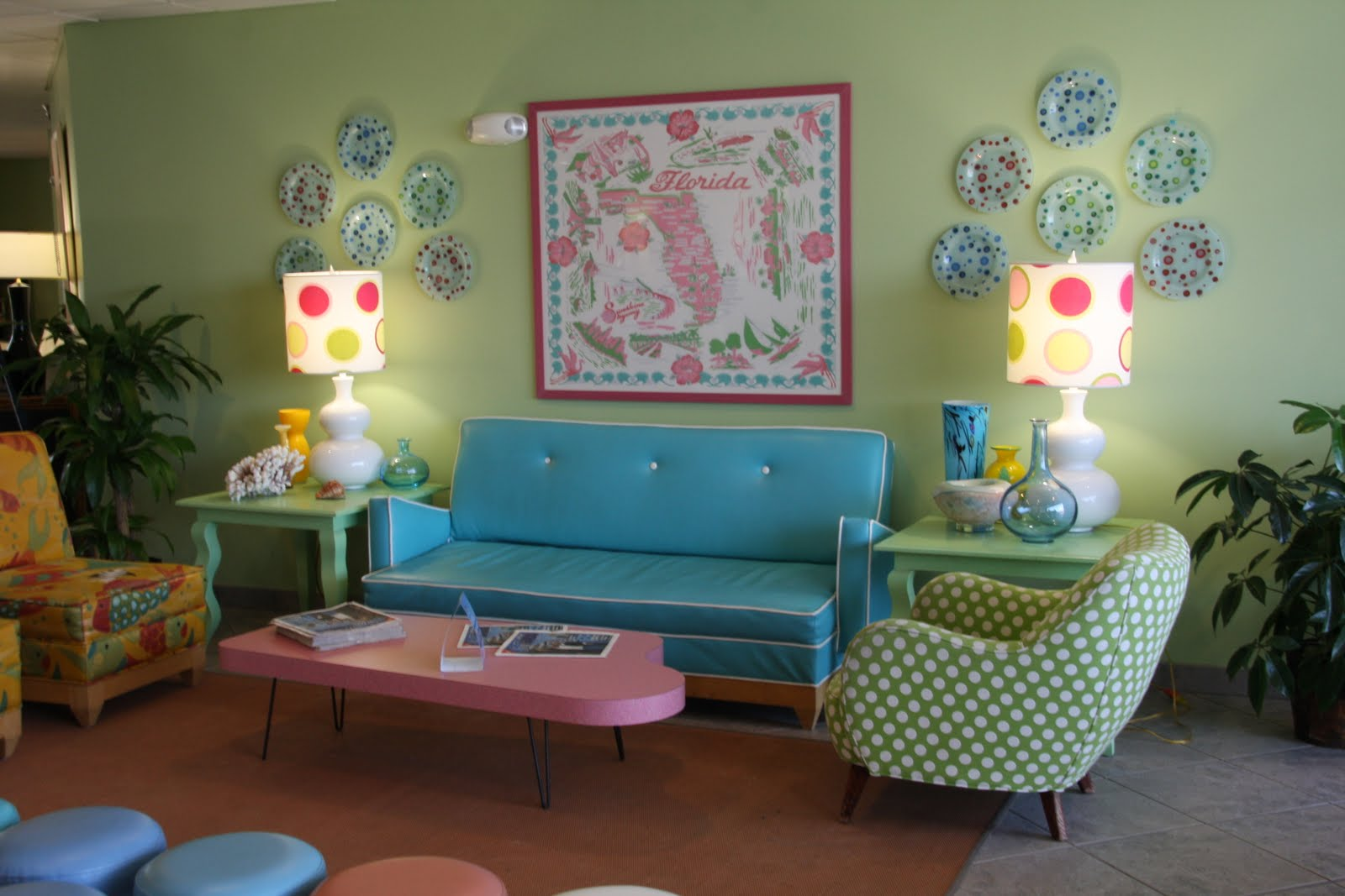 Mid mod more for the home on pinterest mid century Retro living room