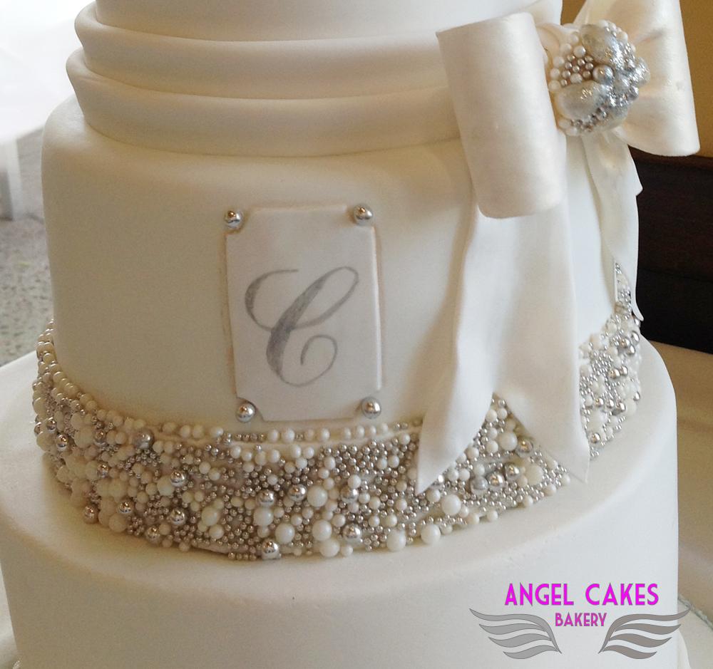 Wedding Cake Bling Beautiful Cakes That Sparkle Shine: Angel Cakes Bakery: Bling + Bows Wedding Cake