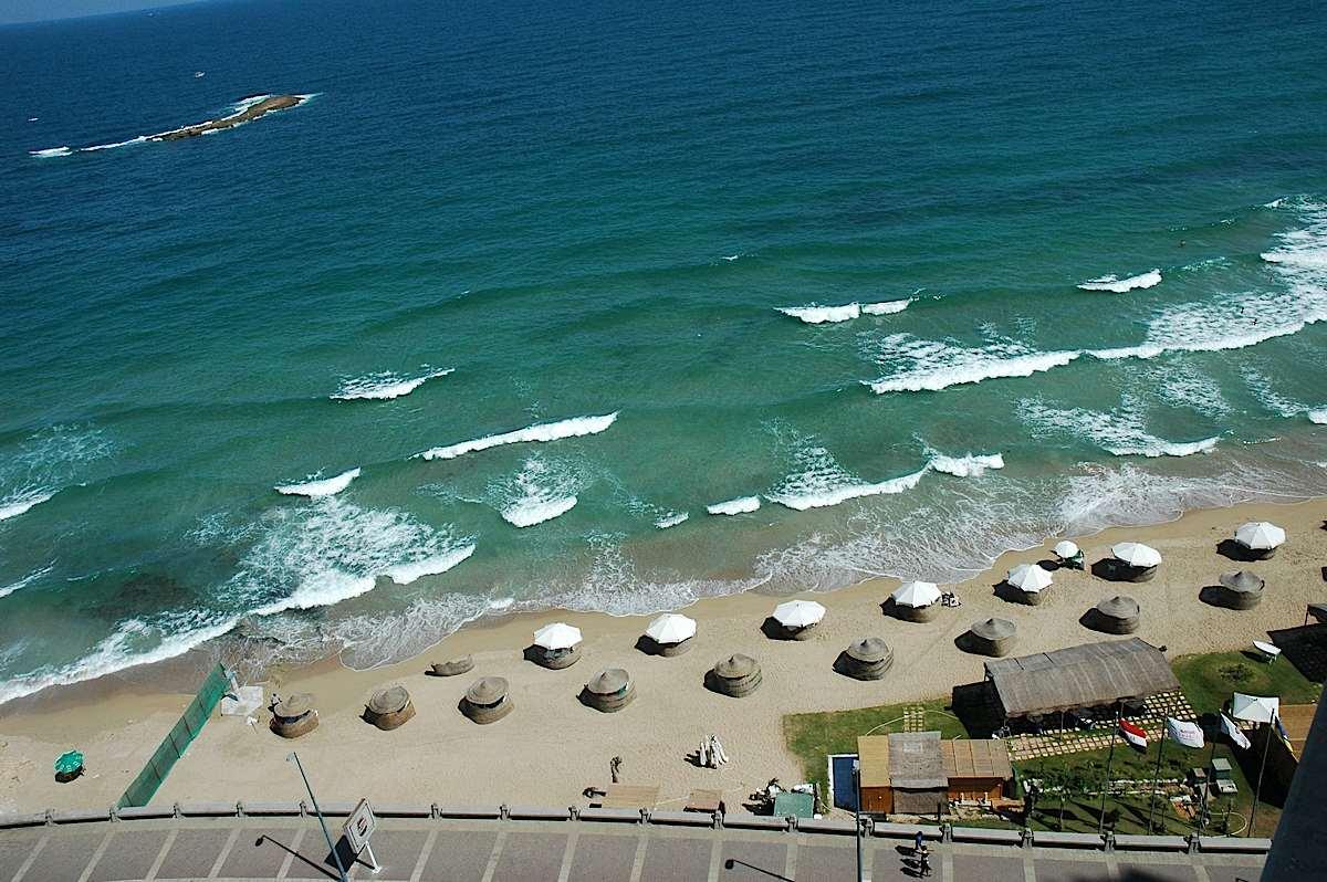 الإسكندريــة مدبنة السحر والجمال Beach