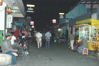 Hiburan Malam Gang Dolly Surabaya yang Menawarga Berbagai Keglamoran ...