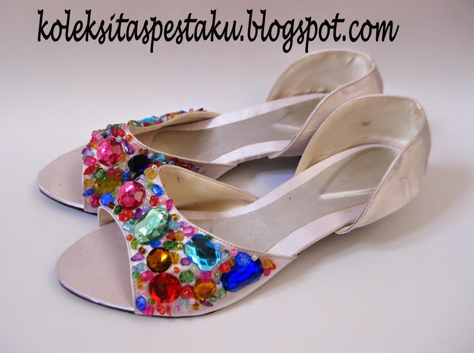Sepatu putih payet penuh warna koleksi tas pesta unik