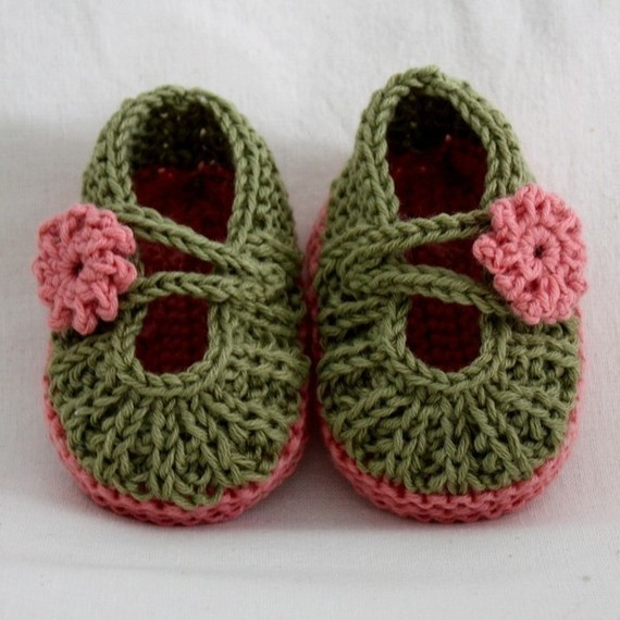 Crochet Shoes : Ticklish Fingers: Crochet Baby Slippers