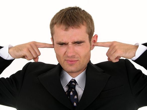 Betul ke Telinga Suami-Suami ni Pekak Sebelah?