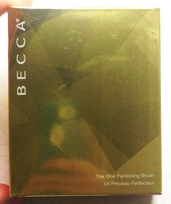 becca the one pefecting brush,amazing brushes,beauty bloggers
