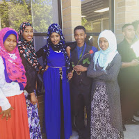 Girls and modern clothes in Somalia 1