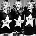 Kelly Clarkson Tops Billboard