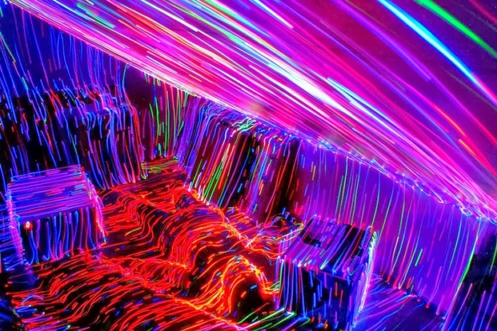 09-The-Time-is-now-Janne-Parviainen-Light-Painting-Photography-www-designstack-co