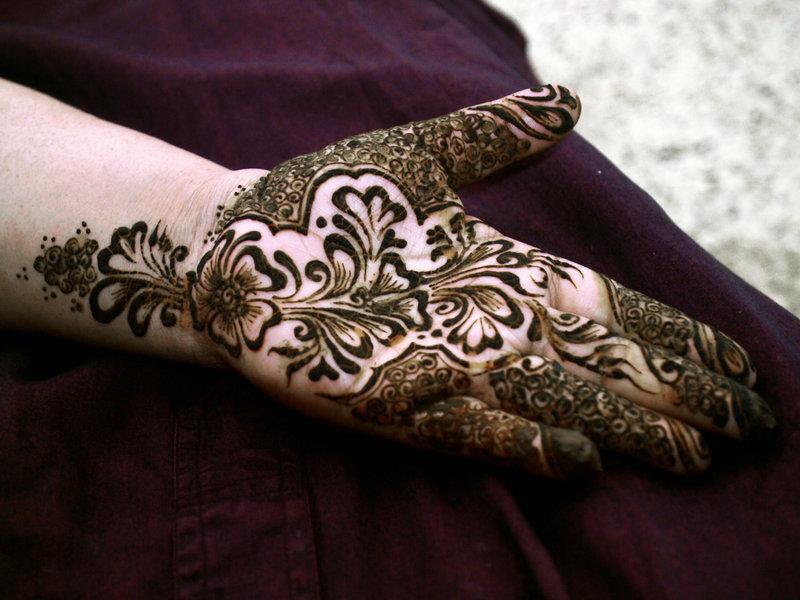 Front Hand Henna Mehndi Design : Updated fashion eid mehndi designs
