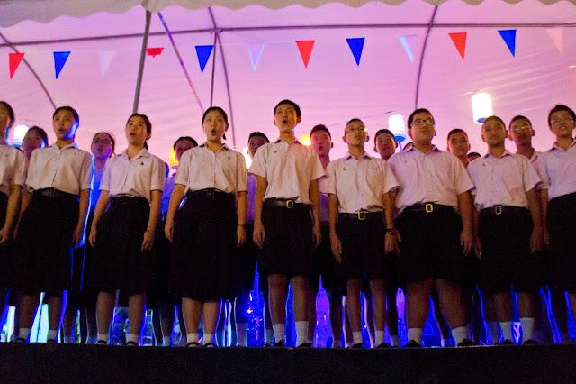Chorale de Triam Udom Suksa à l'alliance francaise pour le 14 juillet à Bangkok