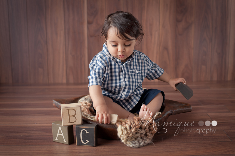Lower Mainland child photography - cute boy with blocks