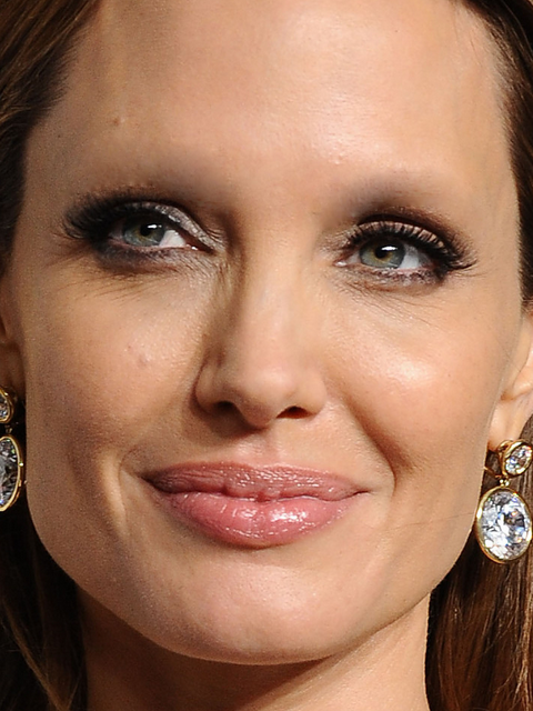 Angelina Jolie Without Eyebrows
