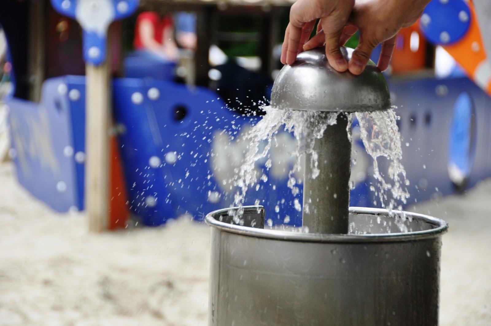 Woda w przestrzeni dla dzieci