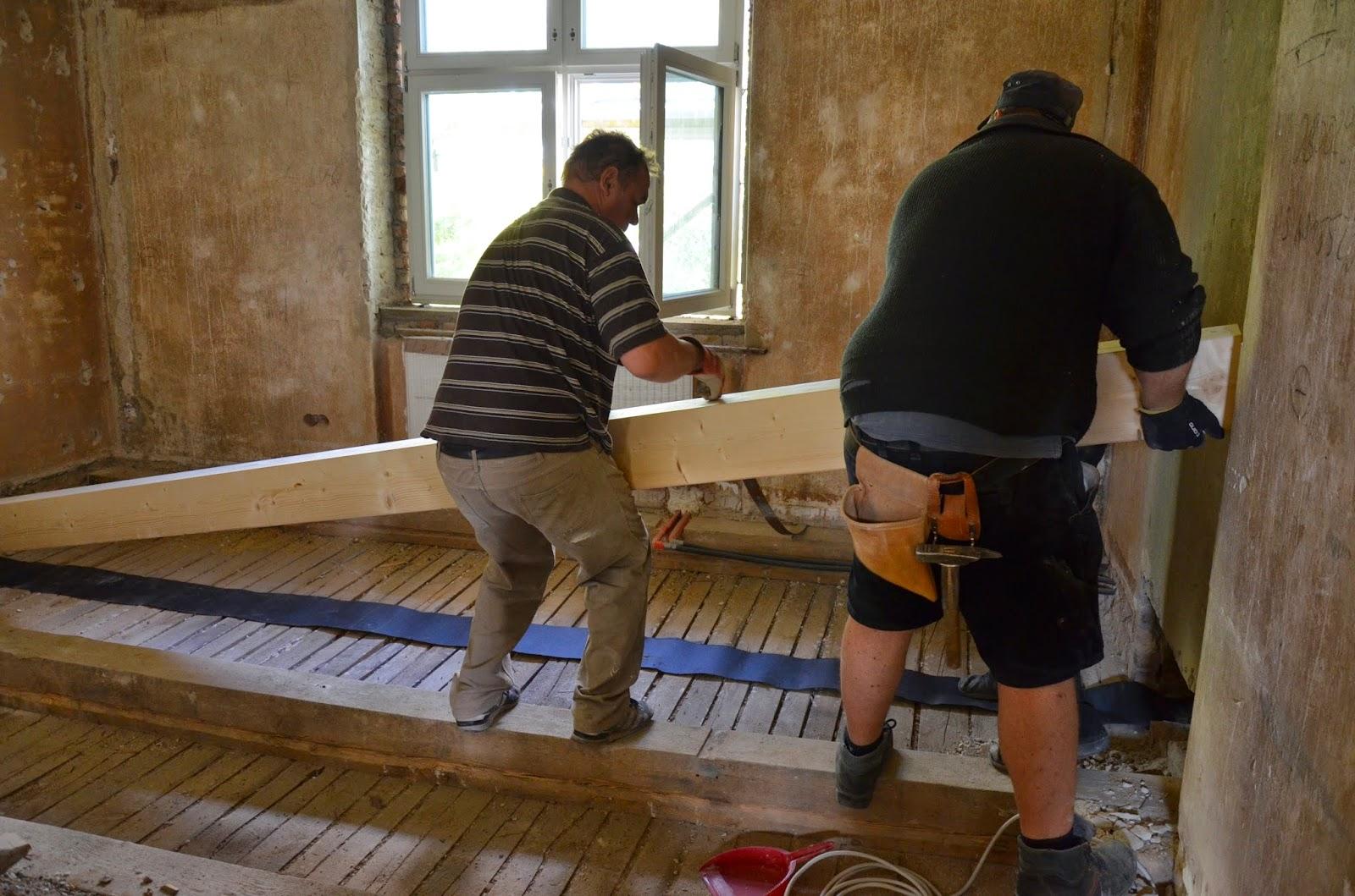 jules und matzes eigenheimprojekt balkensanierung. Black Bedroom Furniture Sets. Home Design Ideas