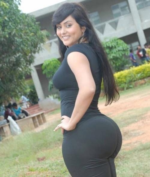 Bigass desi girl in bikini photo question