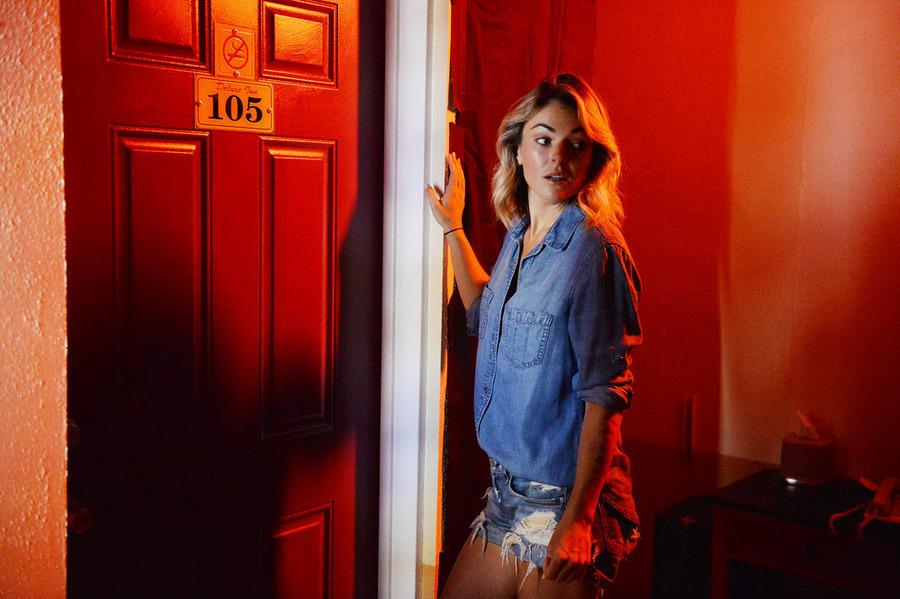 Graceland - Episode 3.04 - Aha - Promotional Photos
