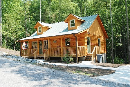 North carolina cabins mountain vacation rentals and lakefront cottages october 2012 - The wood cabin on the rocks ...