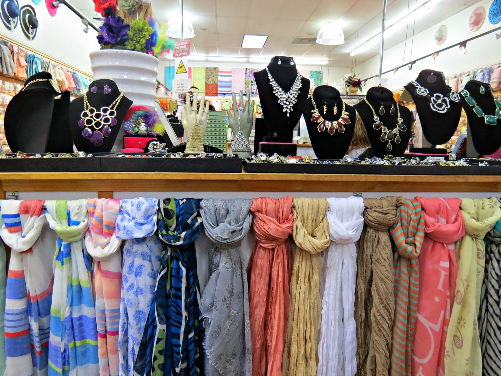 The santee alley fashion fantasia scarves and bridal for Santee alley wedding dresses