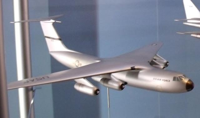 C-141 Starlifter model