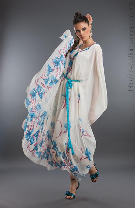 nouveautés de tous ce qui concerne mode Caftan et découvrez les  dernières tendances gandoura, Djellaba, Takchita multicouleur pour les  jeunes femmes.