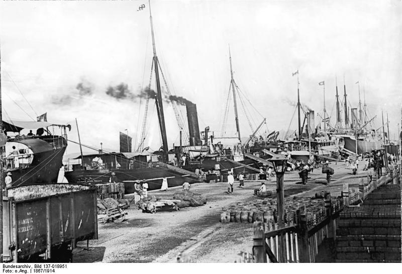 Hafen von Tsingtau