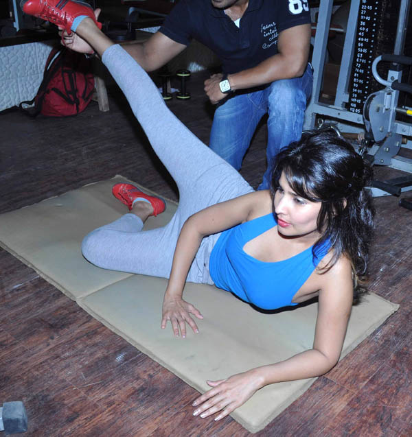 rachana shah's fitness workout actress pics