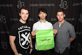 Kyle's Bag with the Jonas Brothers!