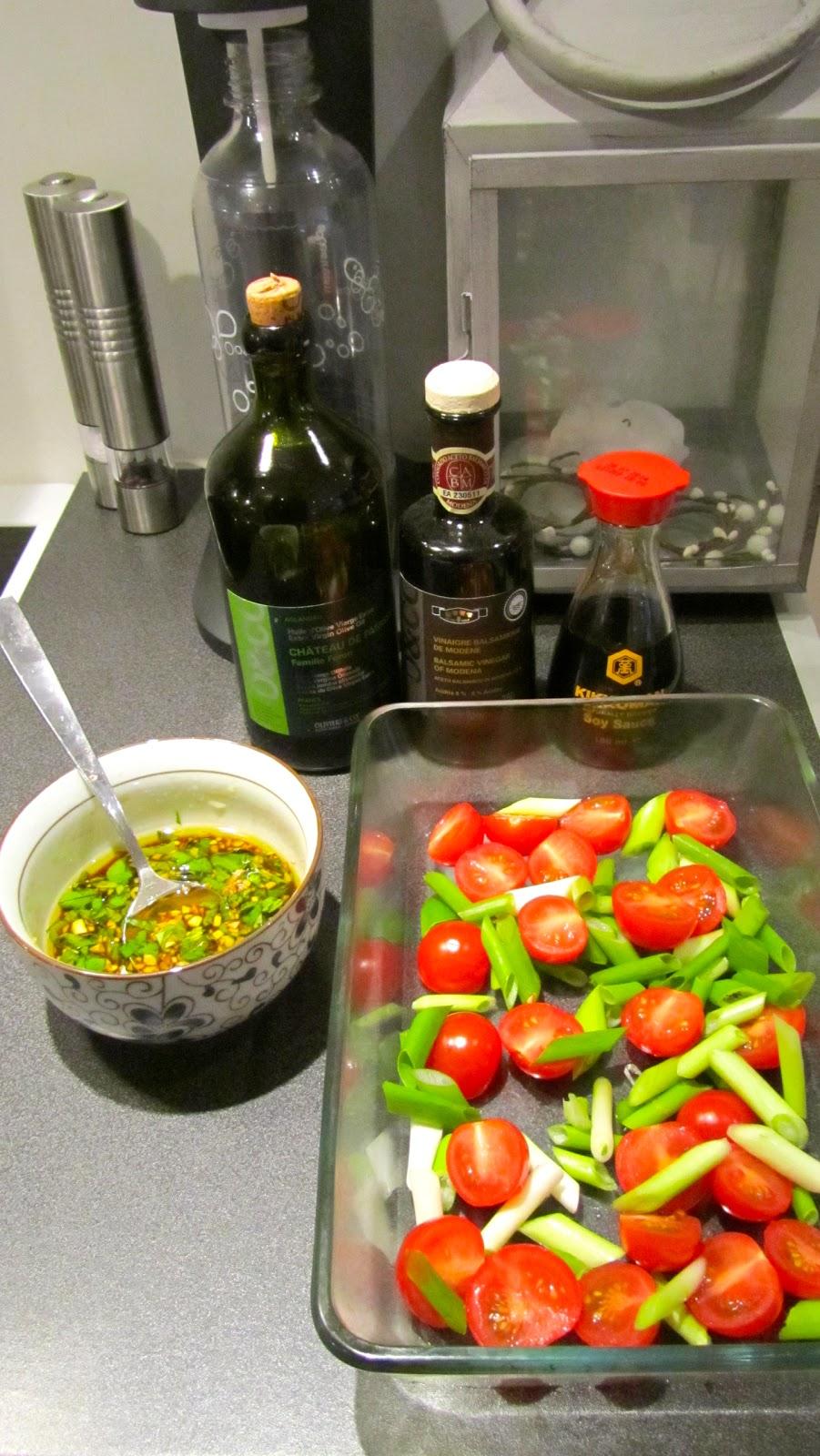 ovnsbakte cherrytomater med balsamico