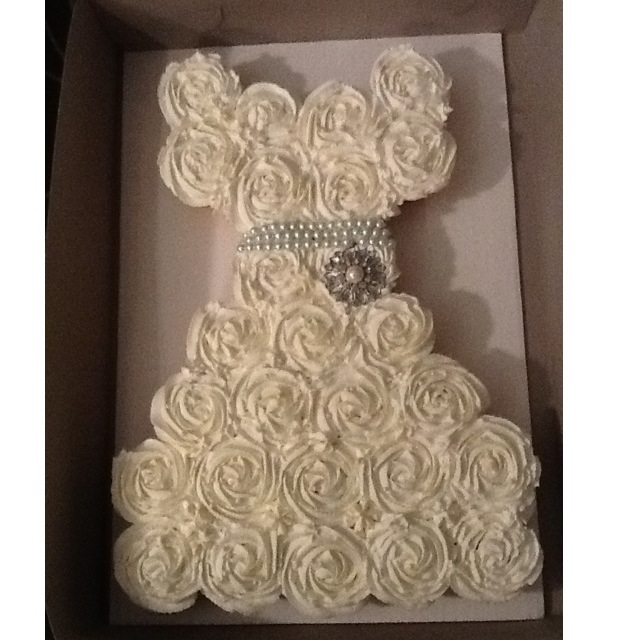 Life and other projects bridal shower pull apart for Wedding dress cupcake cake