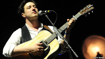 Mumford and Sons lead singer