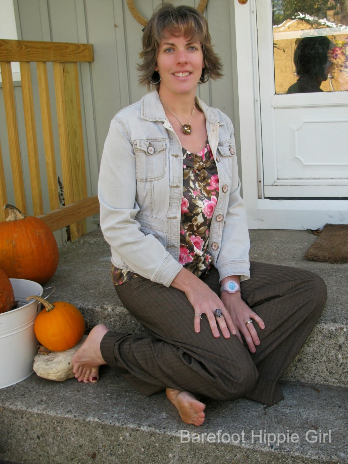 Barefoot Hippie Girl Embracing 2013 Fall Fashion Trends