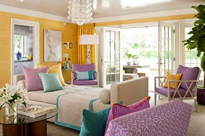 http://www.coastaldecors.com/2014/03/complementary-colors-for-coastal-home-decor.html