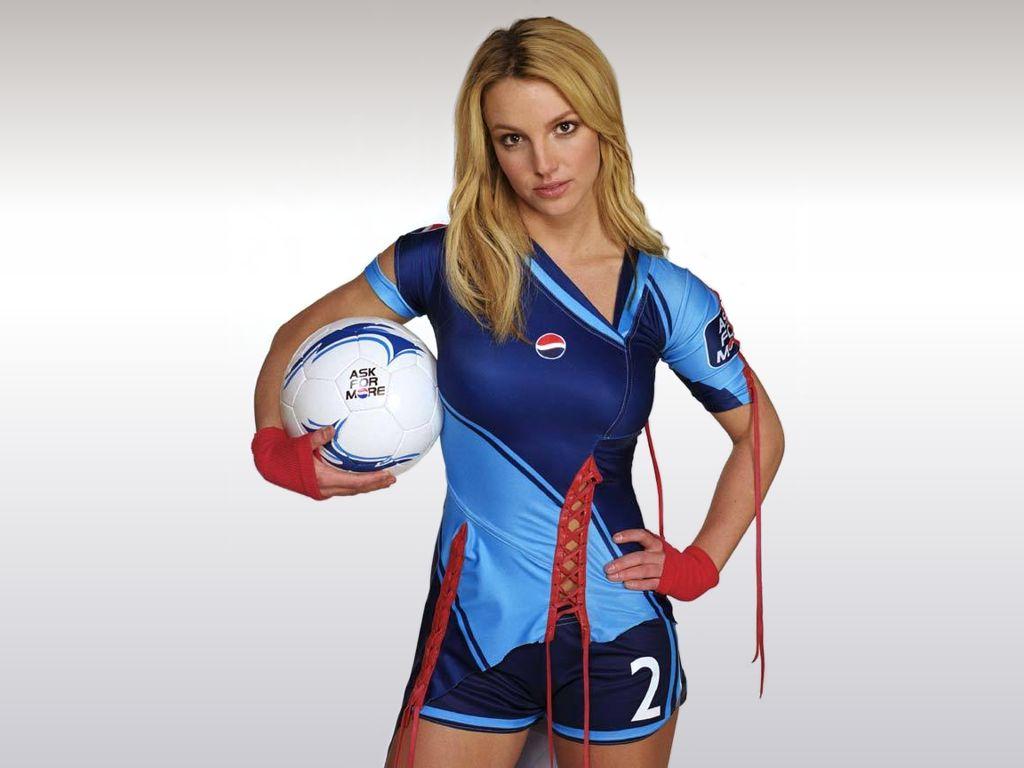 http://4.bp.blogspot.com/-9m6EYnbbccA/TnI5eQKATGI/AAAAAAAAC-U/t_n18VPUOyg/s1600/Pepsi+Britney+Spears+Ad.jpg
