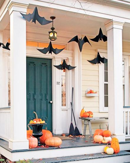 Icono Interiorismo Ideas para decorar la puerta de entrada en Halloween