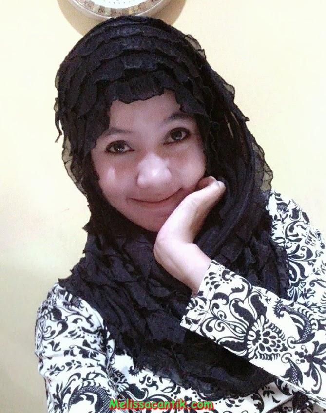 Foto Mahasiwi Ayu Berjilbab, Istri Idaman Pria Indonesia