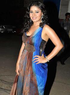 Malaika, Sonakshi, and Other Celebs at the 'Pantaloons Femina Miss India 2011' Finale 5