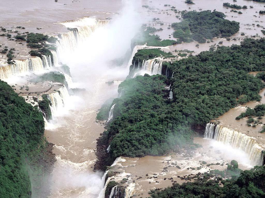 http://4.bp.blogspot.com/-9mVVN72m82I/Tb2wExlr1EI/AAAAAAAAARg/_5cQIlPToWE/s1600/Iguassu-Falls-Brazil-and-Argentina-1-0T5TZIL9IG-1024x768.jpg