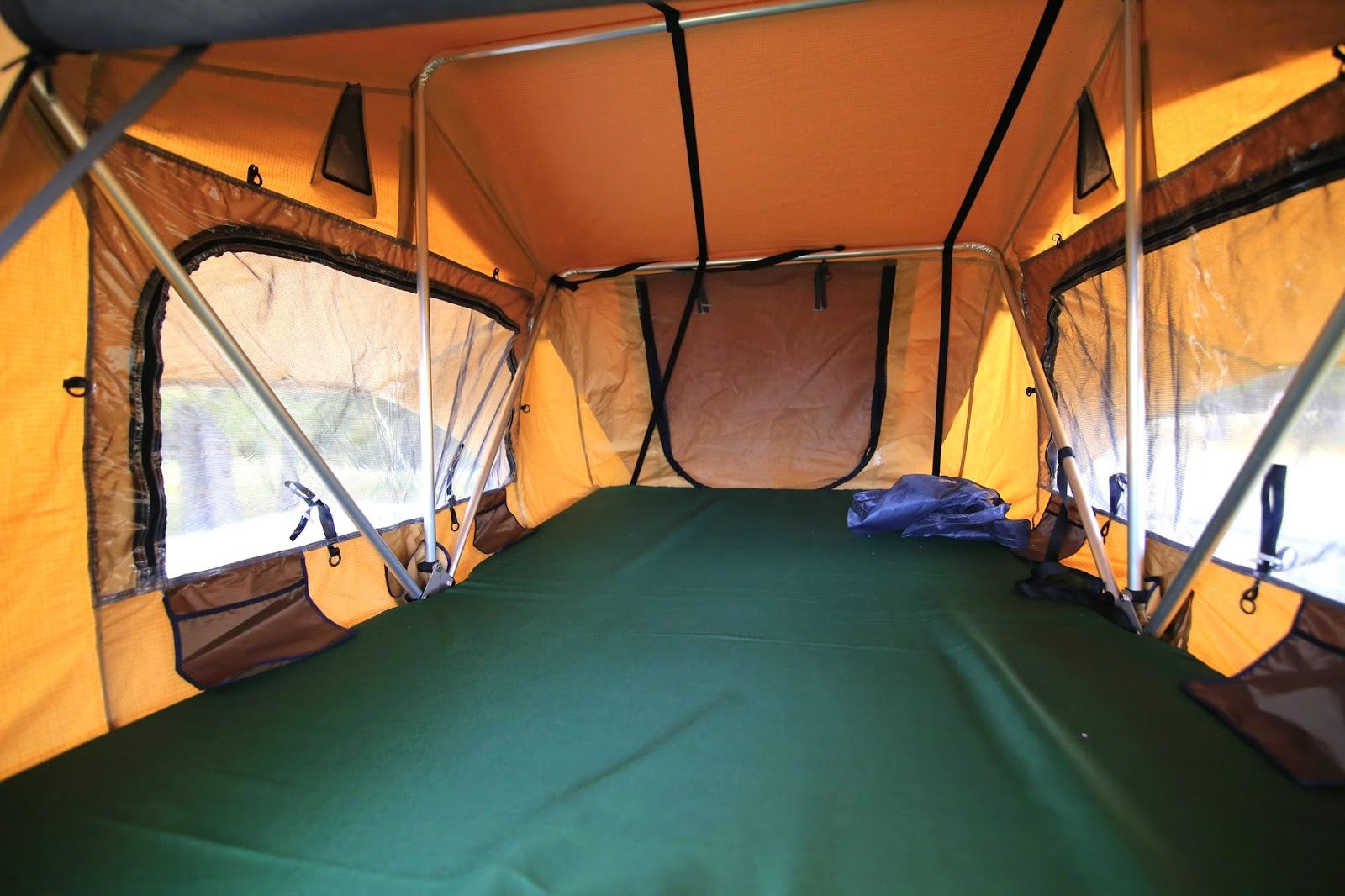 A few of the interior features besides a ton of space include windows with awnings above each one heavy duty mesh screens all around stash pockets ... & Awake at Night Photography: Cascadia Vehicle Tent CVT Mt. Bachelor