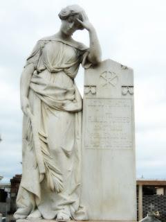 Jazigo da Família Torres no Cemitério de São Gabriel.