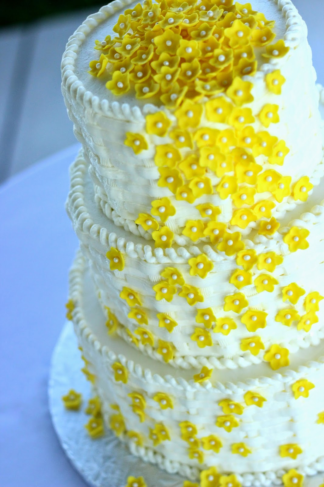 Custom Cakes By Stef: Cottage Bliss Wedding Cake