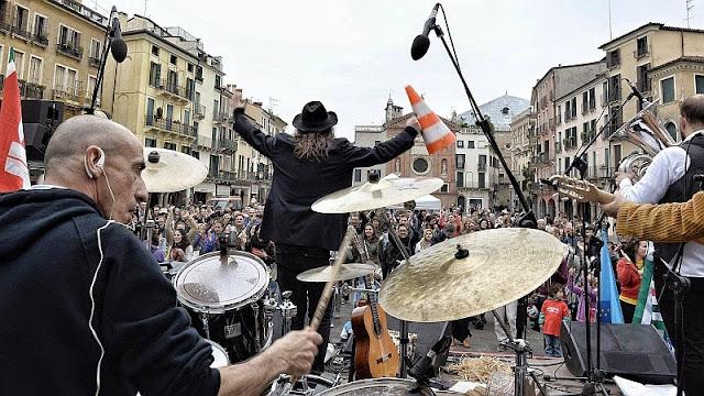 Luca Bassanese, 1 maggio, Padova, Foto di Ronny Bellotto
