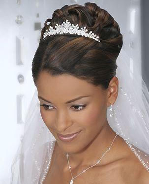 Peinados con accesorios de pelo para novias peinados de - Peinados de novia con flequillo ...