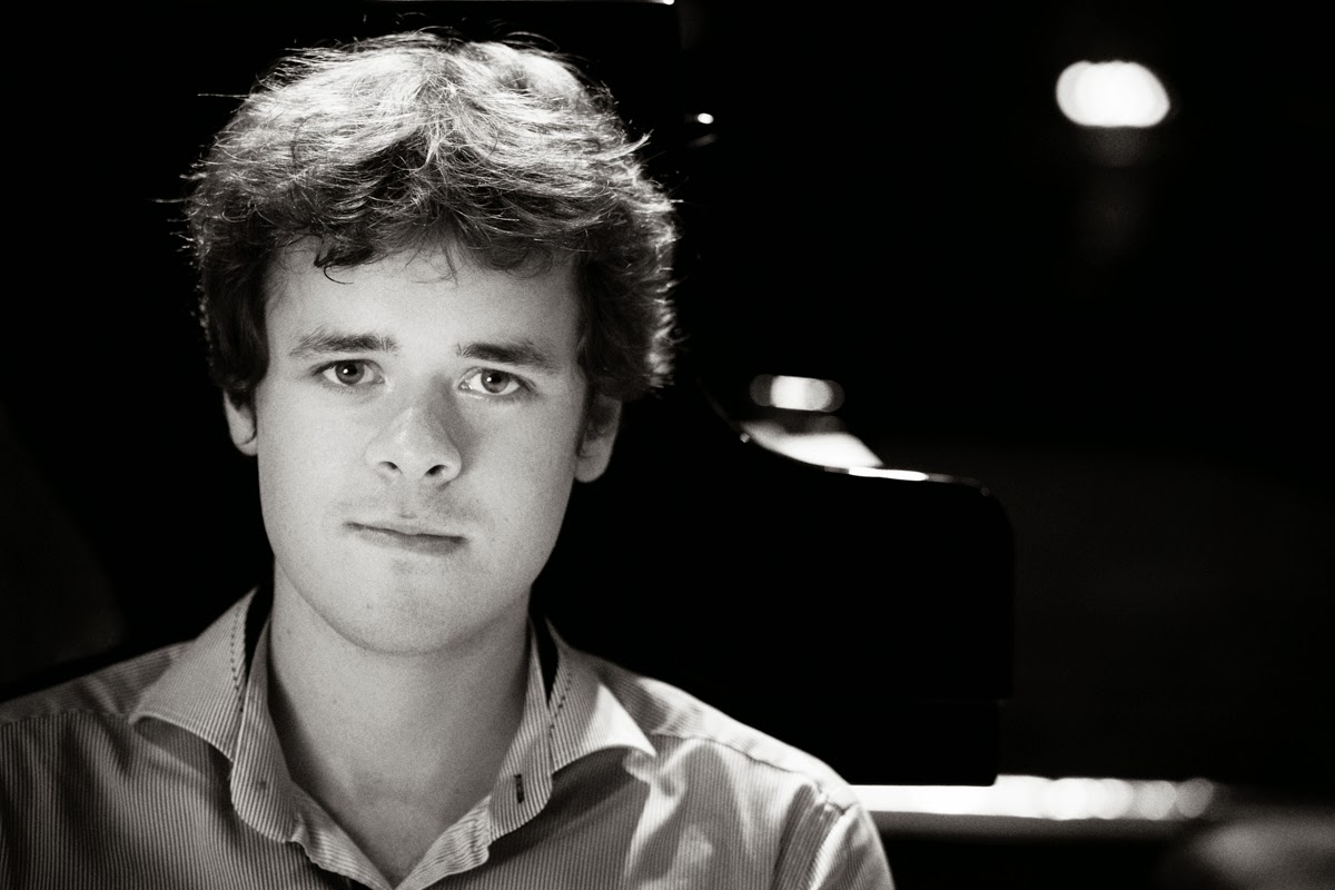 Benjamin Grosvenor - operaomnia.co.uk