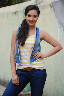 Preethi Rana Pictures at Gaali Patam 015.jpg