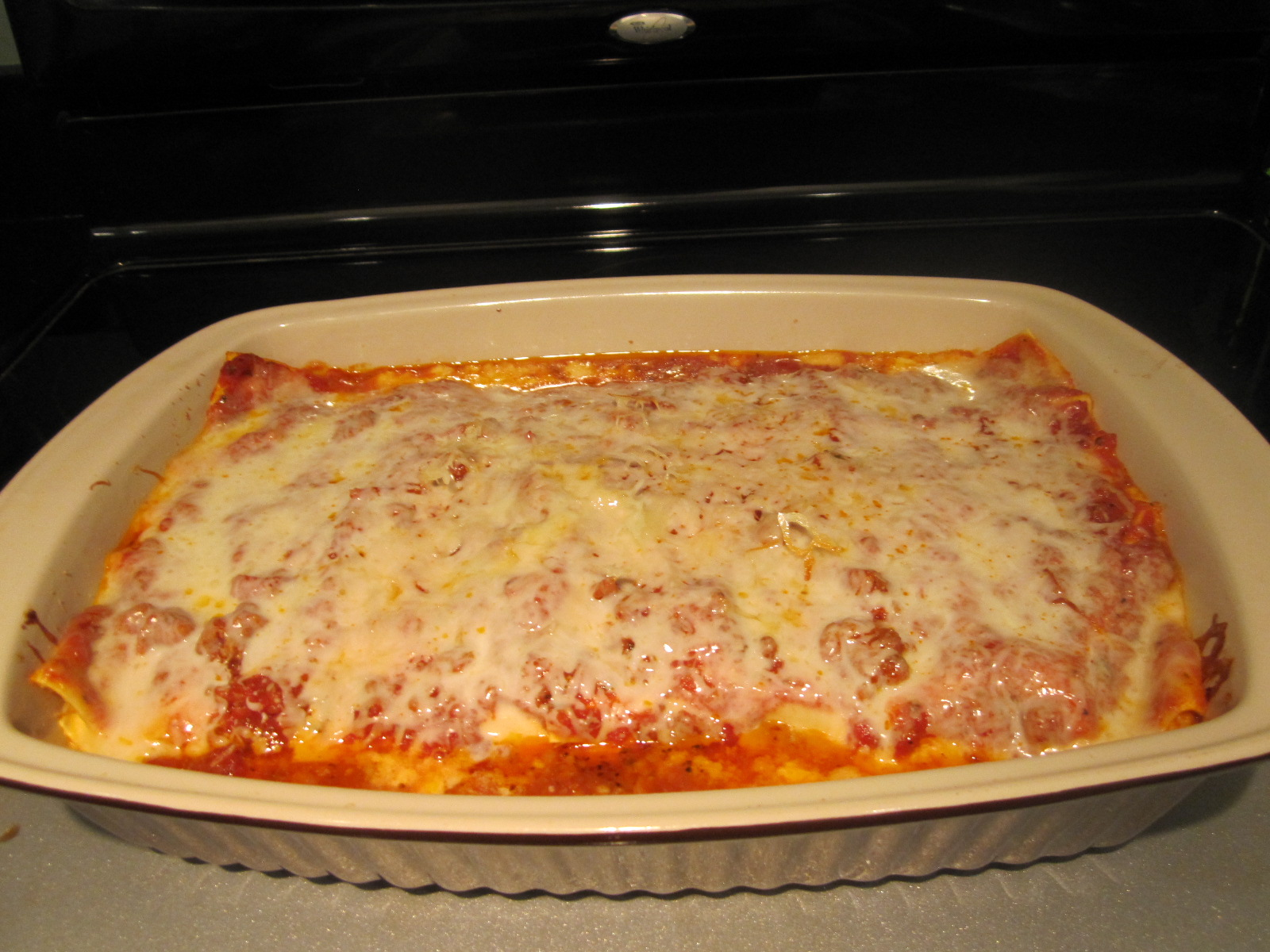 Sophie in the Kitchen: Lasagna with Homemade Tomato Sauce