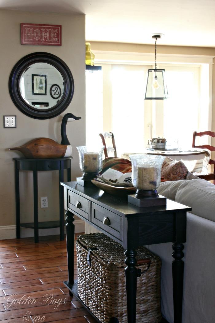 Decor ideas for a warm and cozy winter family and living room - www.goldenboysandme.com