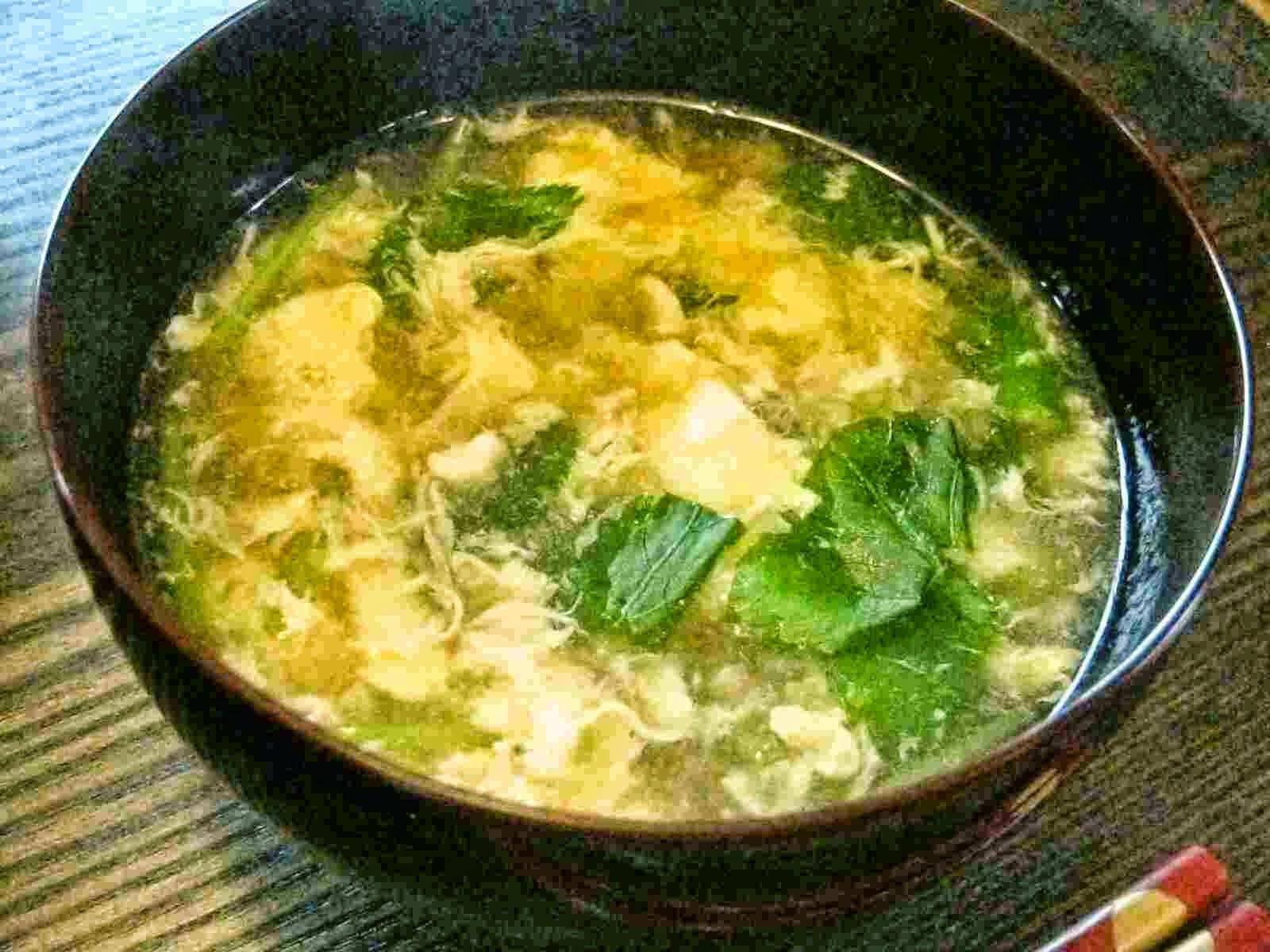 Recipes for Tom Kakitamajiru mitsuba iri egg flower clear soup with mitsuba