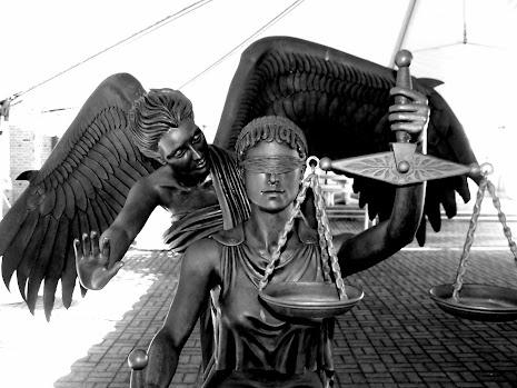 Hukum dan Keadilan