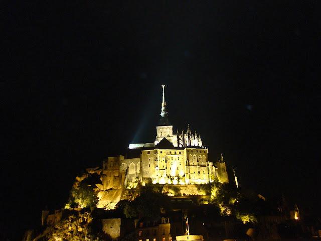 Le Mont Saint Michel noite
