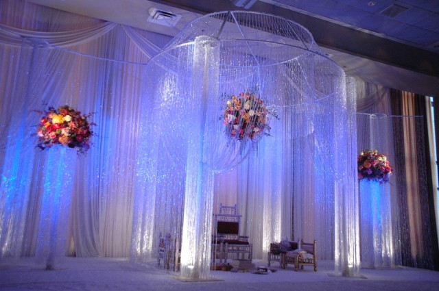 Weddingspies wedding decorations wedding decorations cheap for Quick and inexpensive wedding decorations